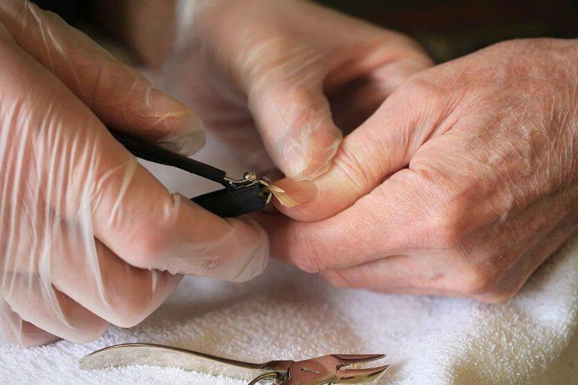 nail cutting process